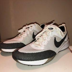 Nike Zoom Dynamic Shoes